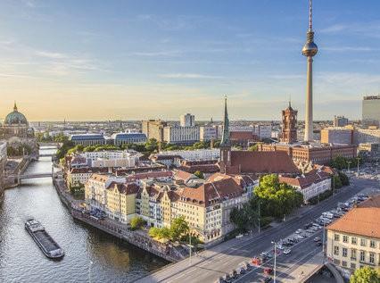Flin & Asociados: Oficina / Despacho Berlin - Alemania