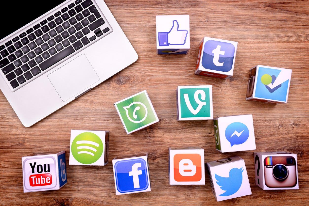 Comprar seguidores para redes sociales. Ventajas Desventajas Alternativas