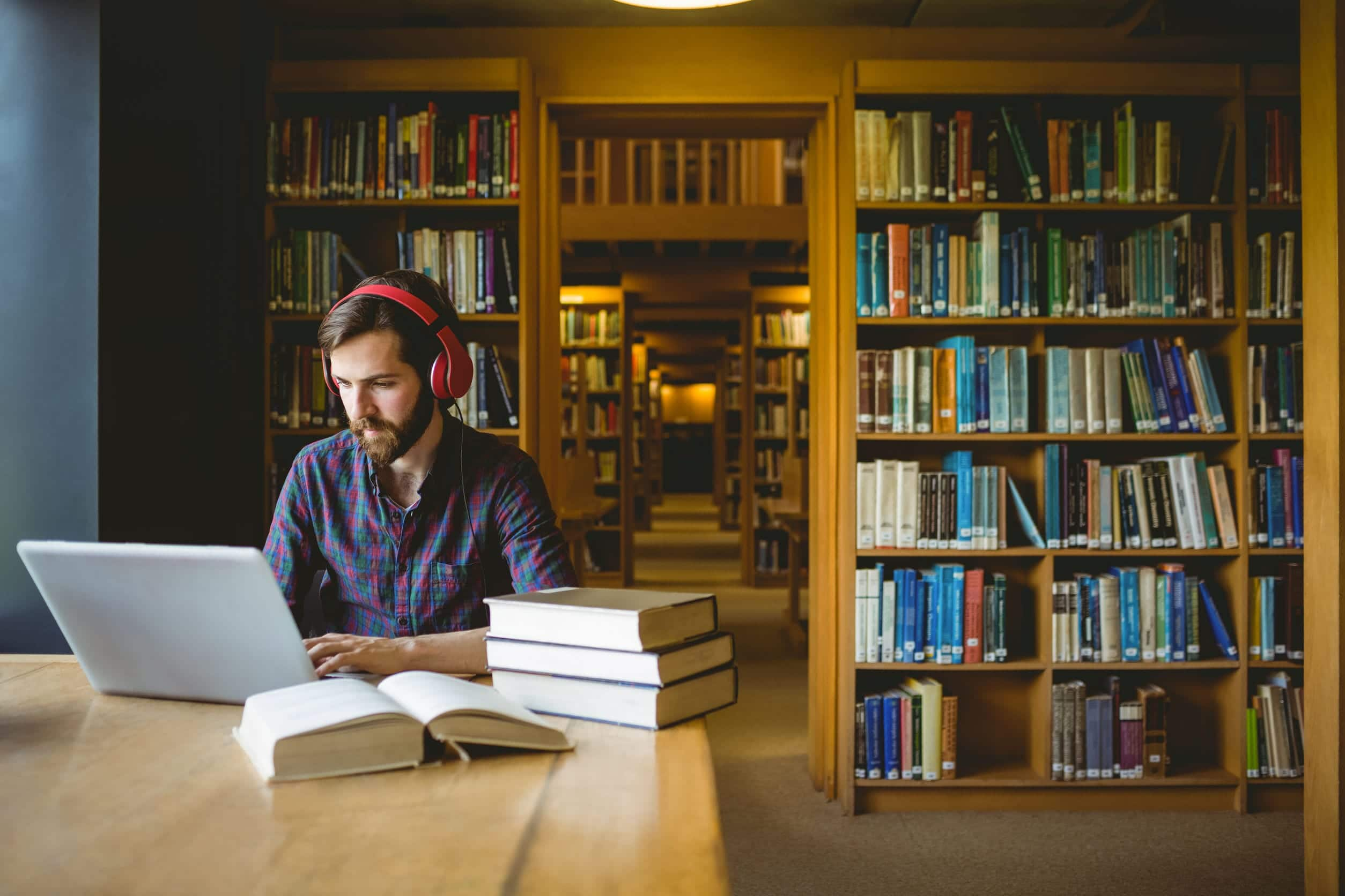 6 trabajos sin estudio para mejorar tus ingresos